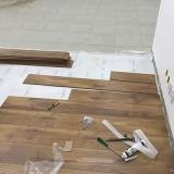 piso de vinílico madeira para empresa preço Jardim Vila Galvão
